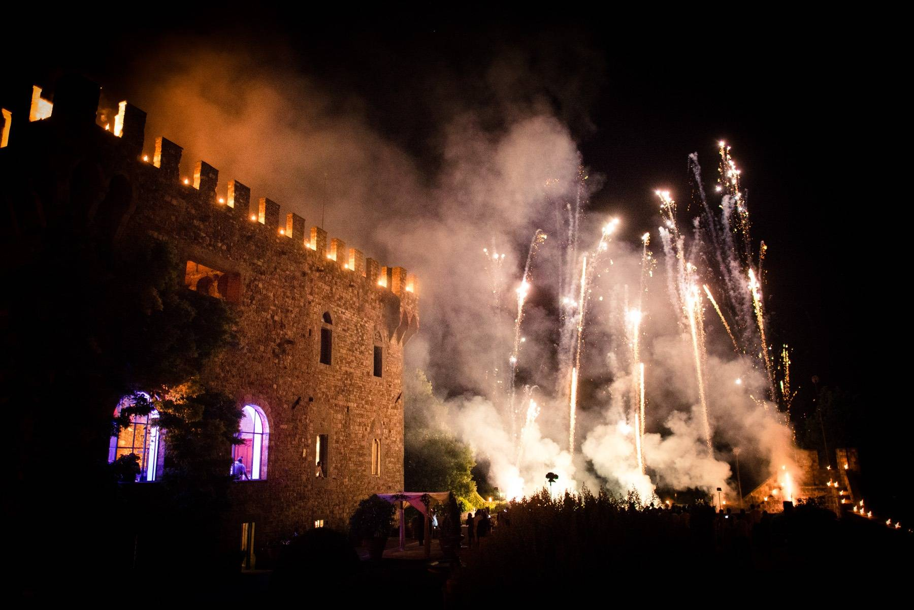2 Wedding in Tuscany Castle
